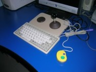 joystick, mini-keybord e mini-mouse